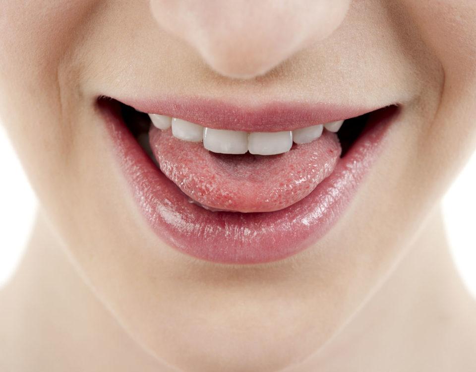Podcięcie wędzidełka - chirurgia stomatologiczna -zabiegi stomatologii estetycznej